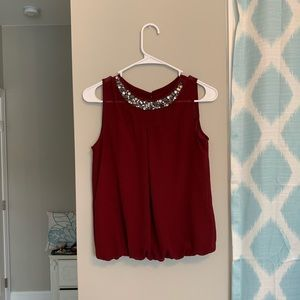 Maroon jeweled neckline top!
